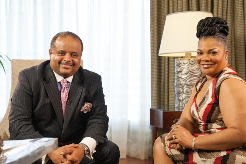 Roland Martin with Mo'Nique Photo Credit Lindsey Wright : TV One and The FrontPage Firm