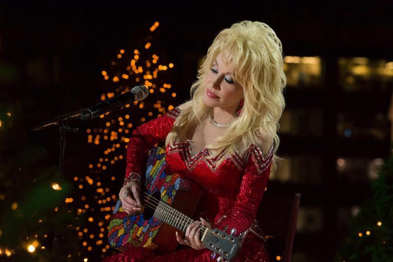 Dolly Parton (Photo by- Virginia Sherwood:NBC)