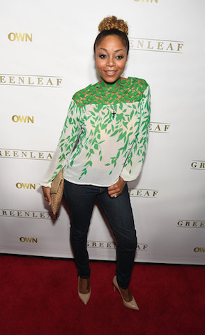 Singer LaTavia Roberson