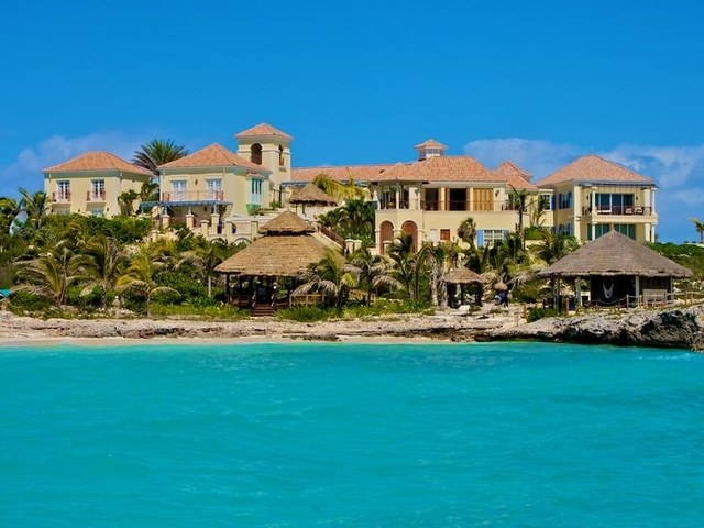 prince-turks-and-caicos-house-01