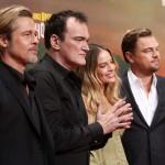 (L-R) Brad Pitt, Quentin Tarantino, Margot Robbie und Leonardo Di Caprio in Berlin