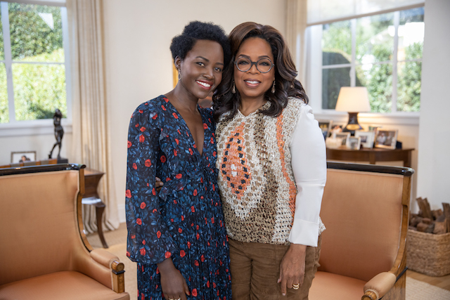 Lupita_Nyong talks with Oprah