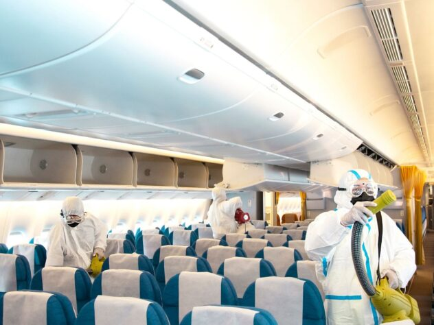 Sanitizing-plane-covid19-632x474
