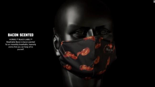 201015191943-bacon-mask-2-super-169