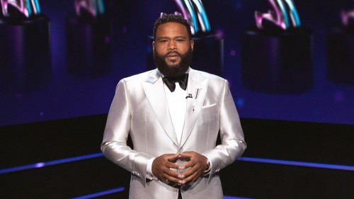 """Anthony Anderson  Host and winner of Outstanding Actor in a Comedy Series – """"black-ish"""""""